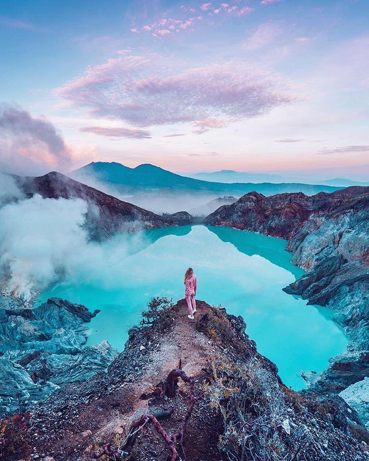 cô-gái-chụp-hình-ở-đảo-Java-siêu-đẹp